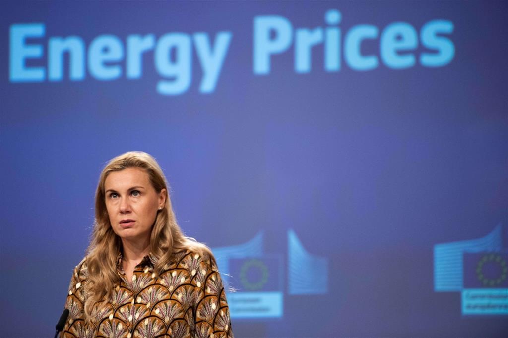 CARO BOLLETTE: L'EUROPA SPRONA GLI STATI MEMBRI